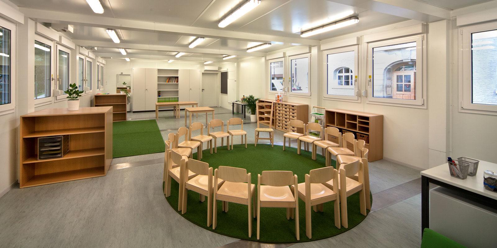 Schule raum innovative einrichtungen f r schulen for Raumgestaltung schule
